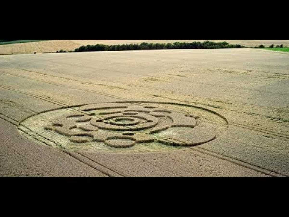 History's Mysteries - Crop Circles Controversy (History Channel Documentary)